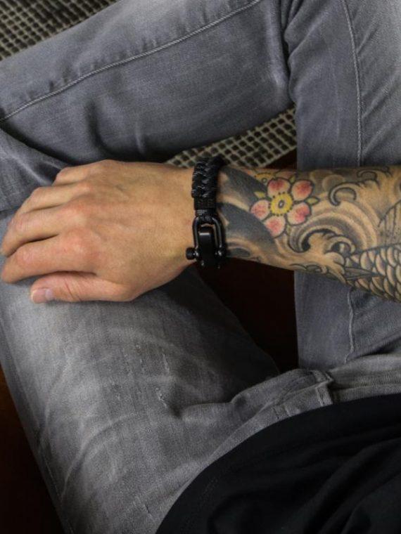 STEEL & CORD | ESSENTIAL BLACK & GREY heren armband 10Happy