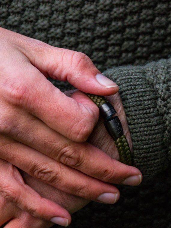 STEEL & ROPE | FISHERMAN BLACK & SILVER heren armband 10Happy